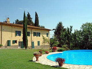 3 bedroom Apartment in La Luna, Tuscany, Italy : ref 5551036