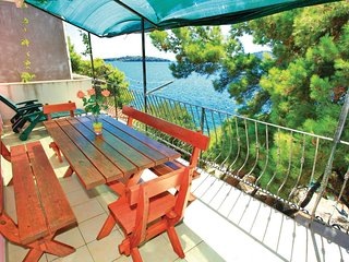 4 bedroom Apartment in Prizba, Dubrovacko-Neretvanska Zupanija, Croatia : ref 55