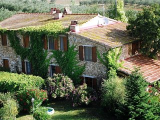 3 bedroom Apartment in Fonte Brizzi, Tuscany, Italy : ref 5583643