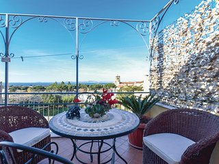 2 bedroom Apartment in Sant'Agnello, Campania, Italy : ref 5537525