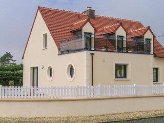 4 bedroom Villa in Plouneour-Trez, Brittany, France : ref 5538915