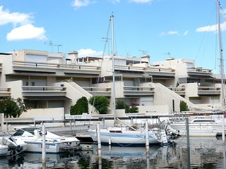 2 bedroom Apartment in Port Camargue, Occitania, France : ref 5554195