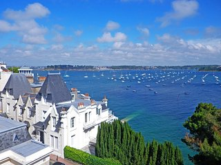 2 bedroom Apartment in Dinard, Brittany, France : ref 5557465
