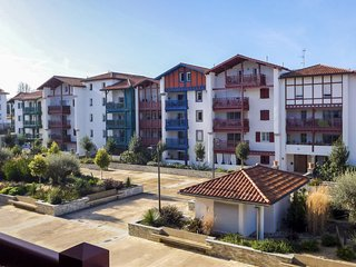 2 bedroom Apartment in Ciboure, Nouvelle-Aquitaine, France : ref 5573683