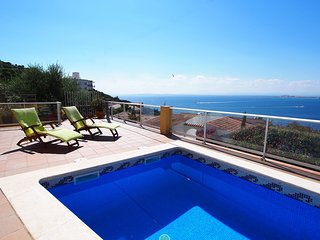 3 bedroom Villa in Santa Rosa de Puig-rom, Catalonia, Spain : ref 5557958