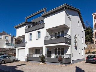2 bedroom Apartment in Crikvenica, Primorsko-Goranska Zupanija, Croatia : ref 55