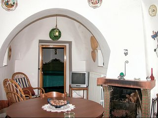 2 bedroom Villa in Galante, Apulia, Italy : ref 5548345