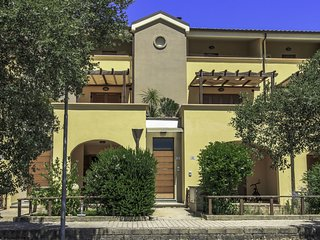 2 bedroom Apartment in Alberese, Tuscany, Italy : ref 5547163