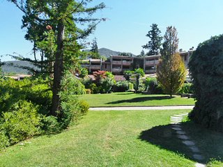 3 bedroom Apartment in Porto Valtravaglia, Lombardy, Italy : ref 5556380