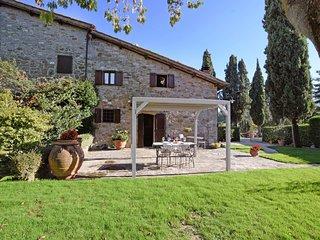 3 bedroom Apartment in Massa, Tuscany, Italy : ref 5547866