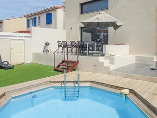 3 bedroom Villa in Gruissan-Plage, Occitania, France : ref 5539172