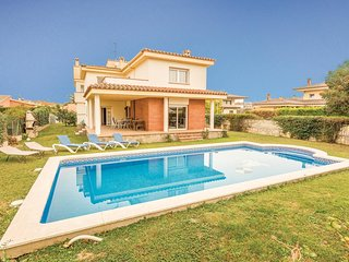 5 bedroom Villa in Sant Pere Pescador, Catalonia, Spain : ref 5538700