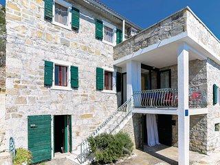 3 bedroom Villa in Bajnice, Splitsko-Dalmatinska Zupanija, Croatia : ref 5563514