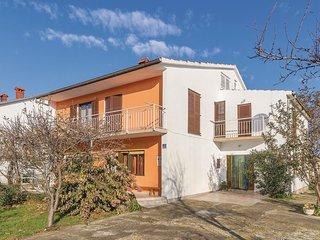 5 bedroom Apartment in Valbandon, Istria, Croatia : ref 5543890