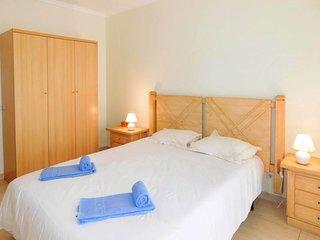 1 bedroom Apartment in Portimao, Faro, Portugal : ref 5583622
