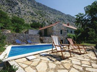 3 bedroom Villa in Duće, Splitsko-Dalmatinska Županija, Croatia : ref 5563291