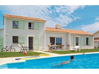 3 bedroom Villa in Saint-Révérend, Pays de la Loire, France : ref 5551131