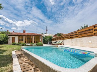 3 bedroom Villa in Svetvincenat, Istria, Croatia : ref 5564480