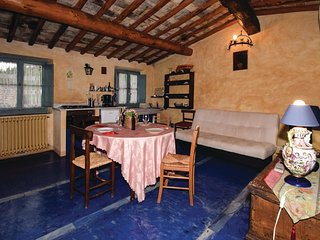 2 bedroom Apartment in Le Vigne, Tuscany, Italy : ref 5541086