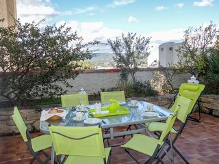 2 bedroom Apartment in La Madrague, Provence-Alpes-Cote d'Azur, France : ref 503
