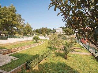 4 bedroom Villa in Zaboric, Sibensko-Kninska Zupanija, Croatia : ref 5563724