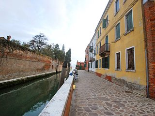 2 bedroom Apartment in Giudecca, Veneto, Italy : ref 5556308