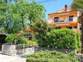 2 bedroom Apartment in Njivice, Primorsko-Goranska Županija, Croatia : ref 55835