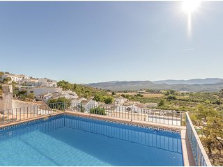 4 bedroom Villa in Priego de Cordoba, Andalusia, Spain - 5538255