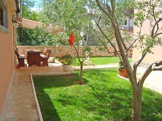 2 bedroom Villa in Privlaka, Zadarska Zupanija, Croatia : ref 5537204