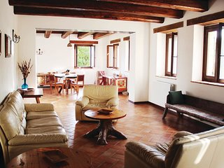 4 bedroom Villa in Montebulgiano, The Marches, Italy : ref 5535860