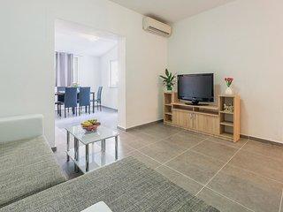 2 bedroom Apartment in Karpinjan, Istria, Croatia : ref 5544853