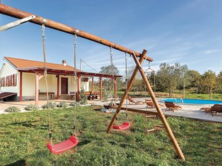 2 bedroom Villa in Valtura, Istria, Croatia : ref 5574236