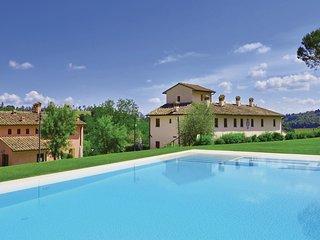 2 bedroom Apartment in Castelnuovo d'Elsa, Tuscany, Italy : ref 5541045