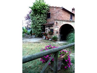 Sant'Angiolo Apartment Sleeps 6 with Pool Air Con and WiFi - 5490366