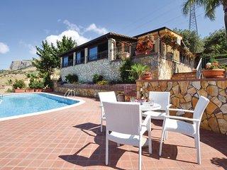 2 bedroom Villa in Altavilla Milicia, Sicily, Italy : ref 5548724