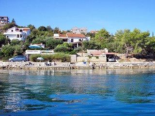 5 bedroom Villa in Makovac, Zadarska Županija, Croatia : ref 5552775