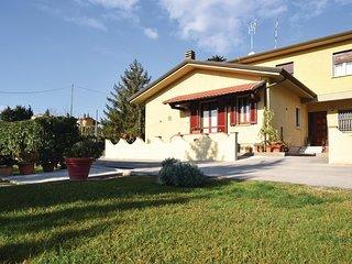 3 bedroom Villa in Piano di Conca, Tuscany, Italy : ref 5535384