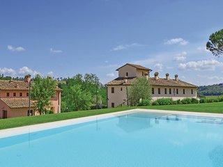 2 bedroom Apartment in Castelnuovo d'Elsa, Tuscany, Italy : ref 5540364