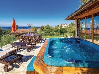 3 bedroom Apartment in Kampor, Primorsko-Goranska Zupanija, Croatia : ref 556516