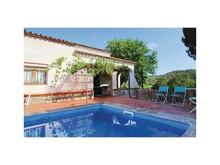 4 bedroom Villa in Sant Iscle de Vallalta, Catalonia, Spain : ref 5549998