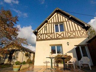 2 bedroom Villa in Hennequeville, Normandy, France : ref 5555781