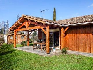 2 bedroom Villa in Gujan-Mestras, Nouvelle-Aquitaine, France : ref 5583551