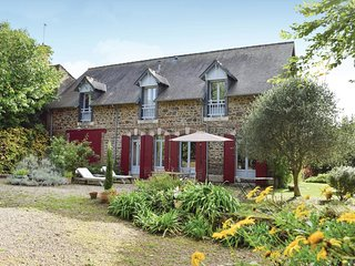 4 bedroom Villa in Saint-Quay-Portrieux, Brittany, France : ref 5565453