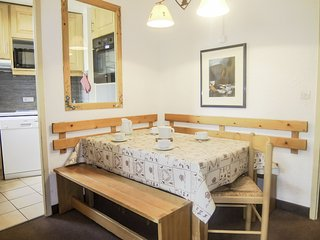 1 bedroom Apartment in Les Ménuires, Auvergne-Rhône-Alpes, France : ref 5558532