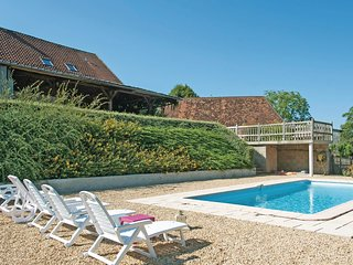 3 bedroom Villa in Sarrazac, Nouvelle-Aquitaine, France : ref 5536518
