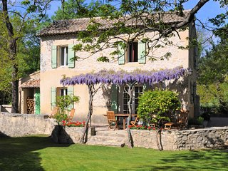 Moulin de la Roque Noves - La Maison du Meunier 2 Bedroom Cottage