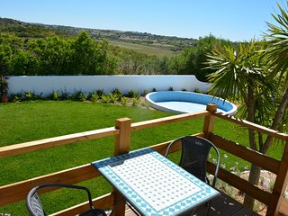 Oceano: Modern apartment ft. private garden & stunning views