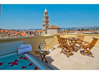 Diocletian Tower Apartments-Terazza Grande