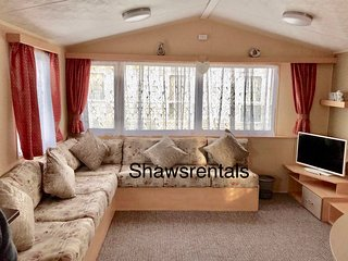 Havens holiday park Great Yarmouth 3 bed caravan 8 berth family dog friendly