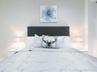 West London  Luxury Penthouse apartment